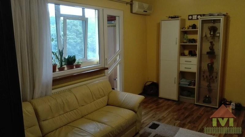 Apartament 3 camere de vanzare Berceni-Alexandru Obregia