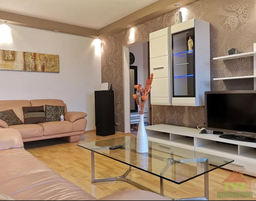 Apartament 3 camere de vanzare Brancoveanu - Turnu Magurele