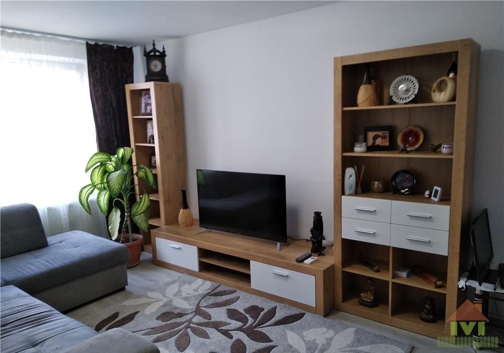 Apartament 2 camere de vanzare Aparatorii Patriei-Metrou
