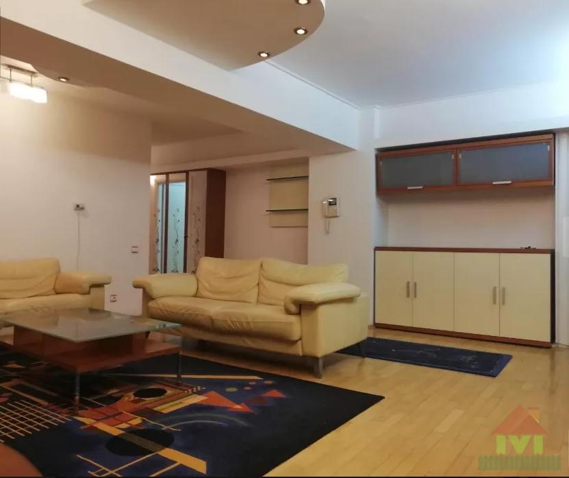 Apartament 5 camere de vanzare Alexandru Obregia - Cultural
