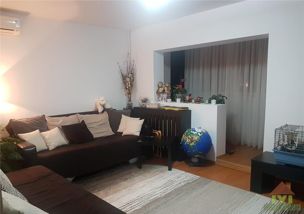 Apartament 4 camere de vanzare Berceni -Drumul Gazarului