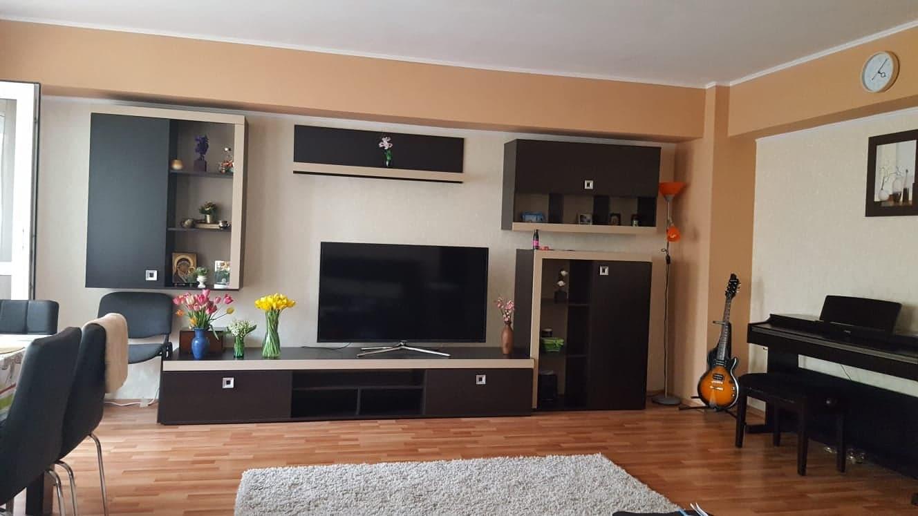 Apartament 4 camere de vanzare Berceni - Alexandru Obregia