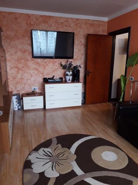 Apartament 3 camere de vanzare Berceni - Piata Covasna