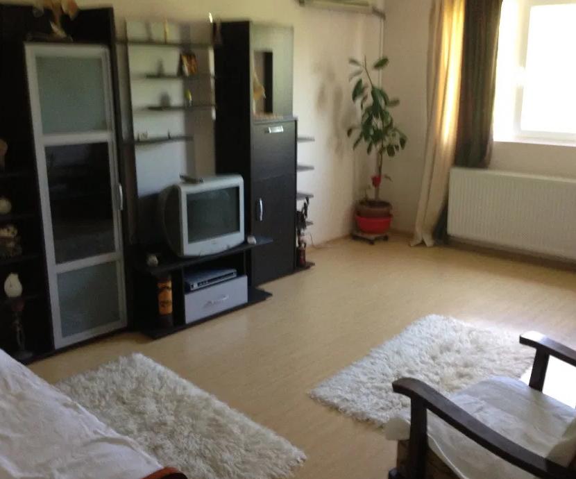 Apartament 3 camere de vanzare Oltenitei -Stadion