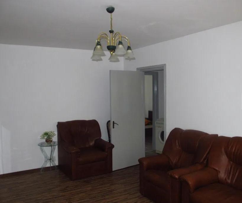 Apartament 3 camere de vanzare Berceni - Drumul Gazarului