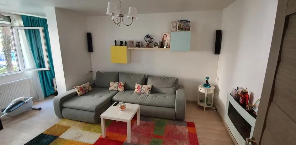 Apartament 2 camere de vanzare Berceni - Alexandru Obregia
