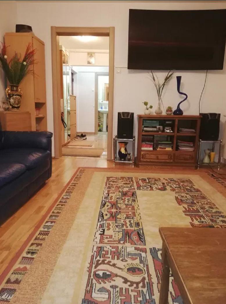 Apartament 4 camere de vanzare Alexandru Obregia - Piata Covasna