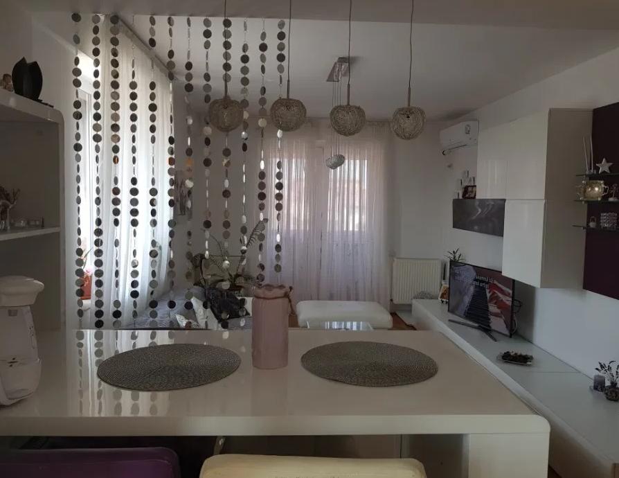 Apartament 2 camere de vanzare Aparatorii Patriei - Metrou