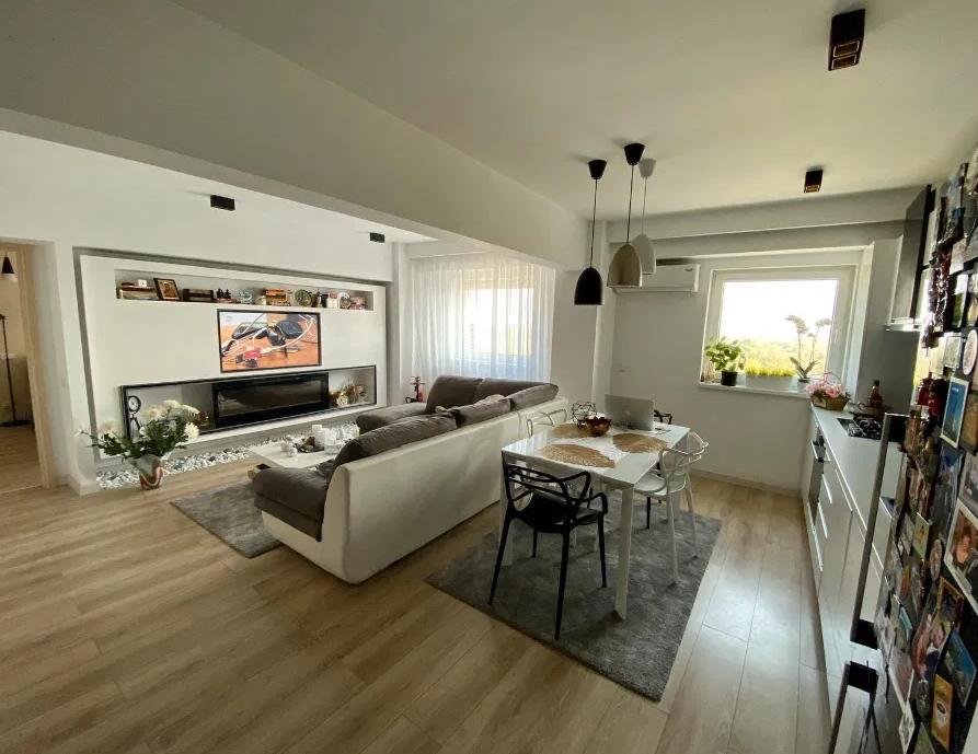 Apartament 4 camere de vanzare Vacaresti - Parcul Tineretului