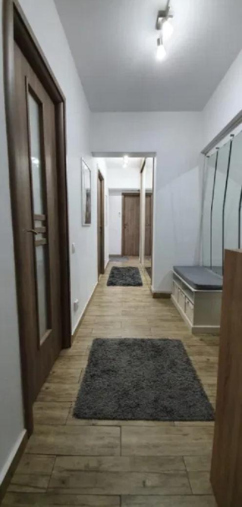 Apartament 3 camere de vanzare Alexandru Obregia - Scoala 108