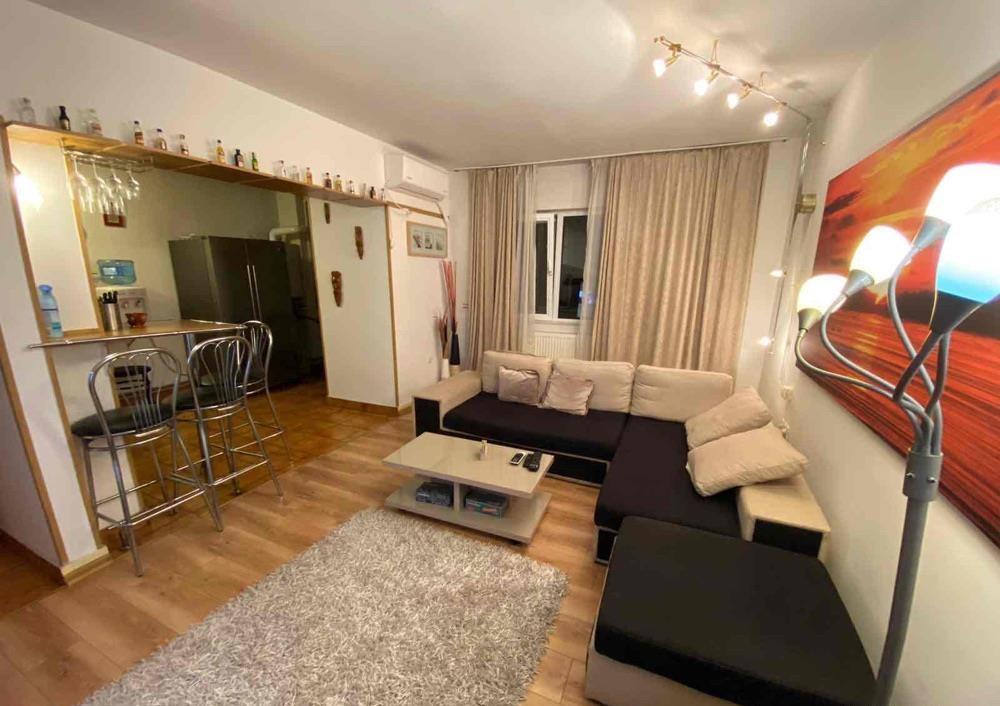 Apartament 4 camere de vanzare Alexandru Obregia - Telekom