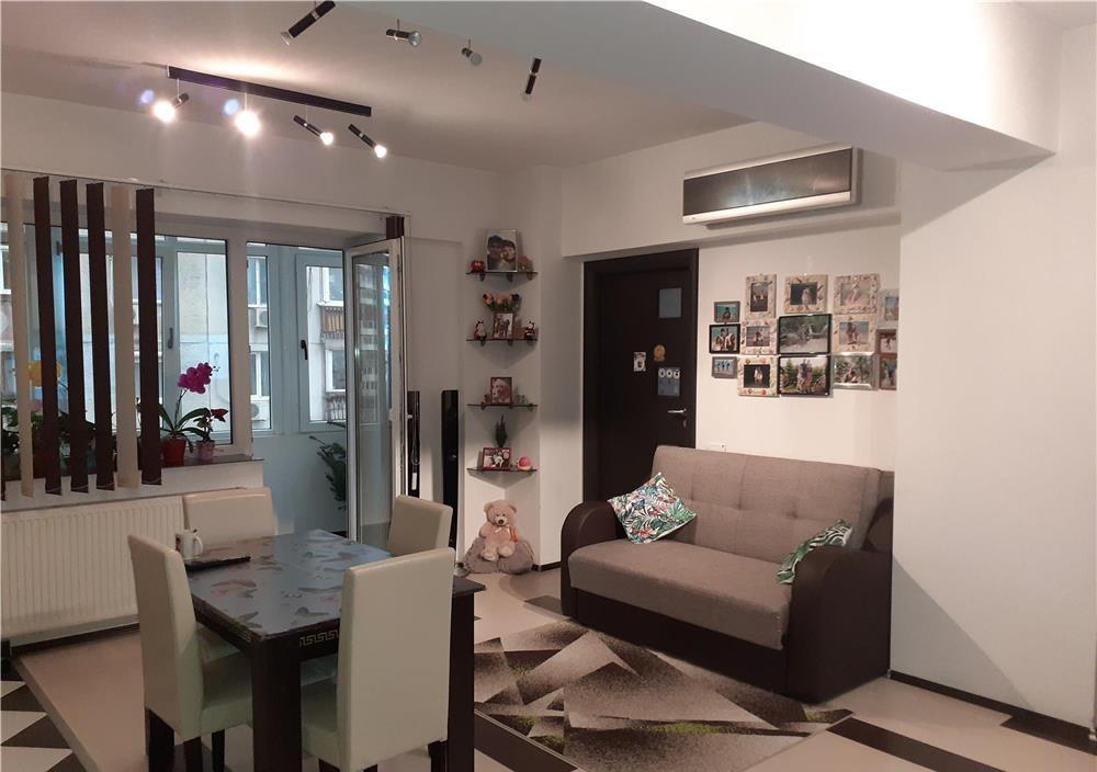 Apartament 3 camere de vanzare Oltenitei - Cercetatorilor